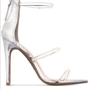 BEBE Berdine  New silver/clear event shoes7